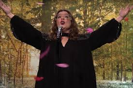 Melissa Mccarthy Impresses With U0027colors Of The Wind U0027 Rendition