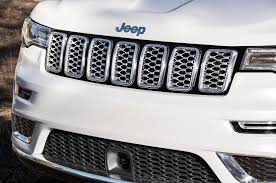 texas jeep grill 2017 jeep grand cherokee summit 6 things to know motor trend