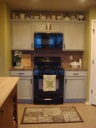 Remodeling Small Kitchen Ideas Best 25 Small Kitchen Redo Ideas On Pinterest Small Kitchen