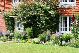 Difference Between Structural And Decorative Design What Is The Difference Between Garden Design And Landscape