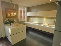 meuble de cuisine en verre cuisines cuisine meuble beige verre 26 exemples qui arrangent