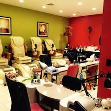 professional clean and top notch services picture of aa nails