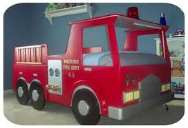cool fire engine bed for the little one who wants to be a