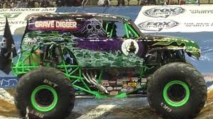 monster truck grave digger video pittsburgh pa 2 11 17 7pm grave digger highlight video of krysten