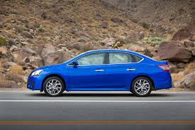 nissan sentra blue refreshing or revolting 2016 nissan sentra motor trend
