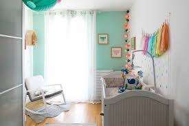 chambre enfant vert comment décorer la chambre bébé les 4 choses à savoir le lapin gris