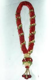 flower garlands for indian weddings flowers garland fresh flowers plants trees madurai