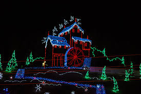 christmas light show pigeon forge tn christmas lights up gatlinburg pigeon forge sevierville tn
