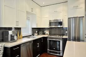 2 tone kitchen cabinets alluring two tone kitchen cabinets 2 toned kitchens trendy too much