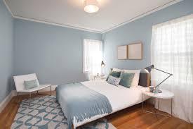 schlafzimmer hellblau faszinierende kombination braun und blau schlafzimmer die