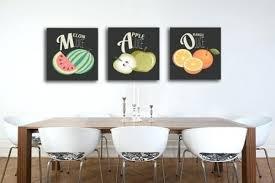 tableau deco pour cuisine cadre deco pour cuisine tableau triptyque salade de fruits cadre à