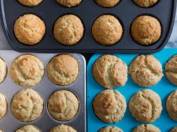 how muffin pans and liners can affect your favorite recipe