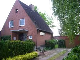 Einfamilienhaus Mit Garten Kaufen Ein Familien Haus Kaufen