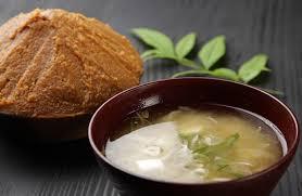 cuisine traditionnelle japonaise recette soupe miso japonaise un plat facile et plein de saveur à
