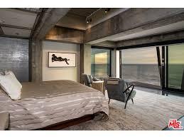 Malibu Bed And Breakfast Jillian Michaels U0027s 9 75 Million Beach House Is For Sale In Malibu