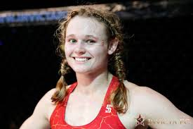 The Replacement Andrea Lee Says Jessica Eye Turned Down Ufc 216 Fight After Paige