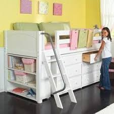 Beds That Have A Desk Underneath Best 25 Small Desk Bedroom Ideas On Pinterest Small Bedroom