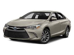 toyota prius vs camry comparing the 2017 toyota prius and the 2017 toyota camry hybrid