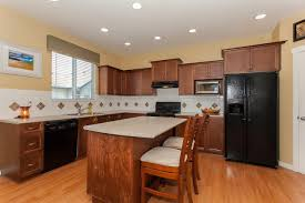 100 kitchen cabinets langley bc 26 best two toned kitchen