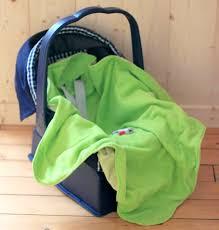 couverture siège auto bébé comment équiper et habiller bébé à moindres frais
