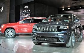 2013 Jeep Grand Cherokee Interior 2013 Detroit 2014 Jeep Grand Cherokee Gets Diesel New Looks And