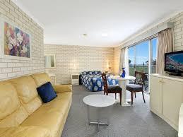 Beach House Wollongong - beach park motel wollongong accommodation
