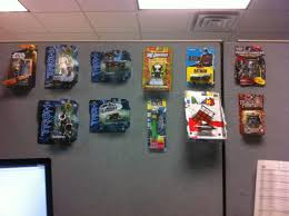 cubicle decoration ideas 100 cubicle ideas for guys 25 creative valentine boxes