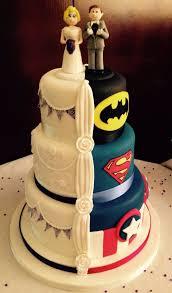 cool wedding cakes best 25 half and half wedding cakes ideas on