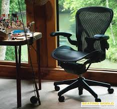 bureau herman miller 8 best aeron by herman miller images on office desk
