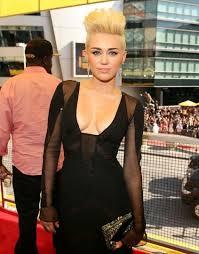 fade hairstyle for women high top fade hair cut in women celebs low fade haircut