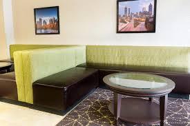 Comfort Inn And Suites Atlanta Airport Drury Inn Airport Atlanta Ga Booking Com