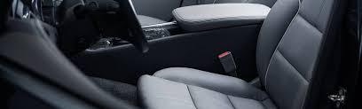 comment attacher un si e auto b position de conduite bien s installer en voiture ornikar