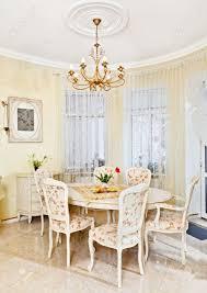 peinture salon marocain peinture salon rouge et gris conseils decoration interieure sol