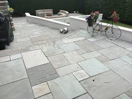 Marshalls Patio Planner Marshalls Std Indian Sandstone Grey Multi With White Rendered