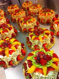 thanksgiving themed cake pops strawberry u0026 peach sensation publix cake u0026my life pinterest