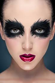 you by makeup tutorial black eye makeup for green eyes steps to apply dark eye makeup for your reference