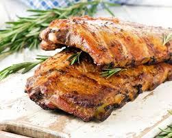 cuisiner travers de porc recette travers de porc rôti au romarin