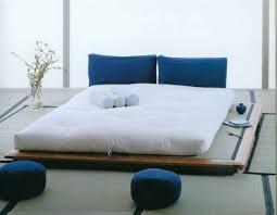costruire letto giapponese letto futon tante soluzioni per dormire secondo lo stile