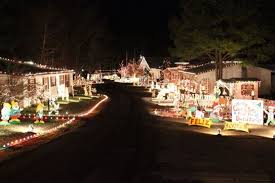 zoo lights memphis 2017 recommended memphis christmas light displays east memphis moms