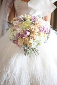 wedding flowers brisbane kwintowski ashleigh ben customs house wedding