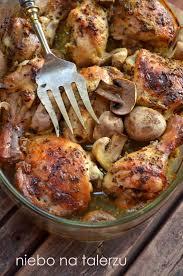 cuisine z niebo na talerzu kurczak pieczony w musztardzie kurczak pieczony