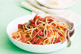 spaghetti with sun dried tomato sauce