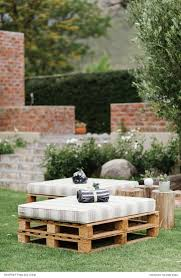 Ideas For Garden Furniture by Best 25 Cheap Backyard Wedding Ideas On Pinterest Backyard