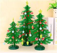 2017 mini cute cartoon wooden crafts christmas tree ornament table