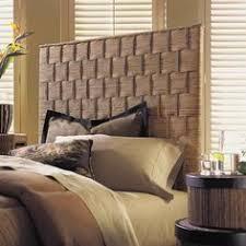 rattan schlafzimmer wohnideen schlafzimmer farbige dekokissen blumenmuster