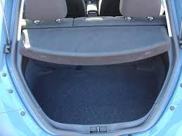 volkswagen beetle hatchback 1999 2010 volkswagen beetle hatchback 1999 2010 features equipment and