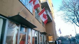 Canadian Flag History Facts Groningen Flies Canadian Flags To Thank Troops Who Liberated City