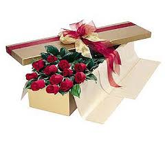 birthday flowers delivery 1 dozen premium boxed roses in bryn mawr pa bryn mawr flower shop