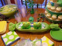 two peas in a pod baby shower decorations beth s belles and whistles my attempt