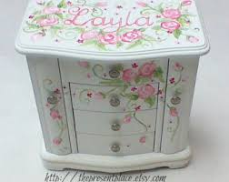 personalized girl jewelry box view jewelry boxes by thepresentplace on etsy